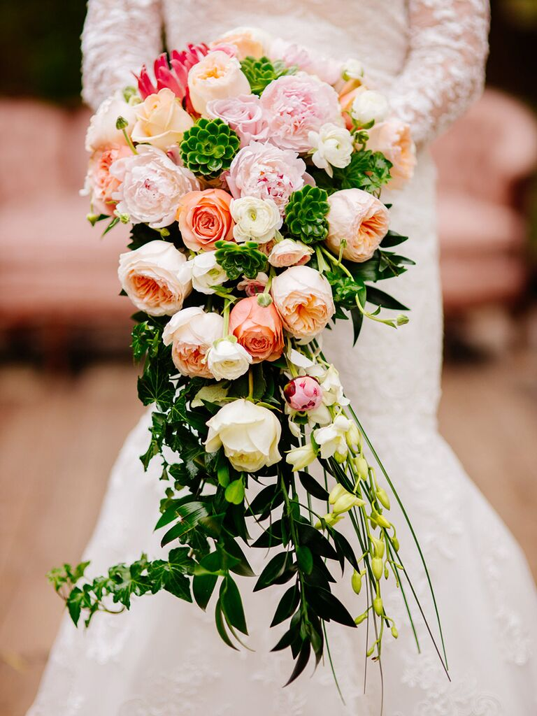 15 Cascading Wedding Bouquets