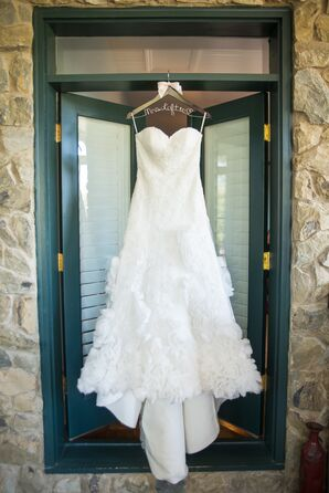 Sweetheart Strapless Wedding Dress