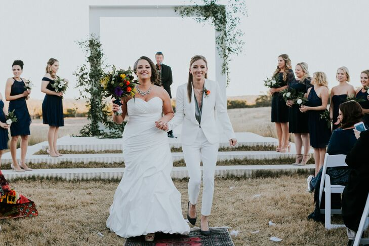 Amber Lindeman (32 and a behavior analyst) and Cassie Braun (30 and a sales representative) hosted a chic affair with bohemian accents including Aztec