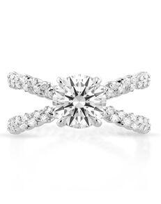 Danhov Unique Round Cut Engagement Ring