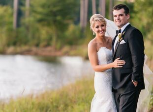 Annie Loar (27 and a sales representative) and Jake, Shirey (28 and a sales representative) became friendly at Auburn University but didn't start dati