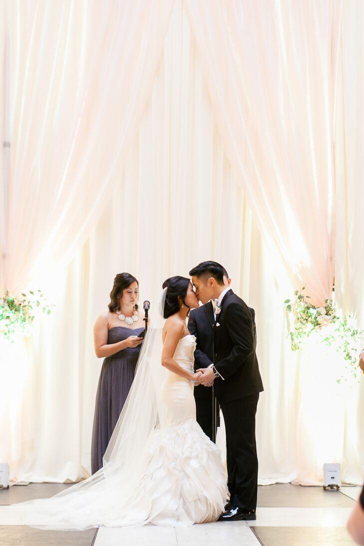 Romantic White Fabric Ceremony Backdrop