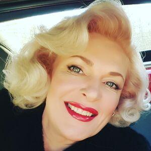 Spanaway, WA Marilyn Monroe Impersonator | Karen-Marilyn Monroe Impersonator