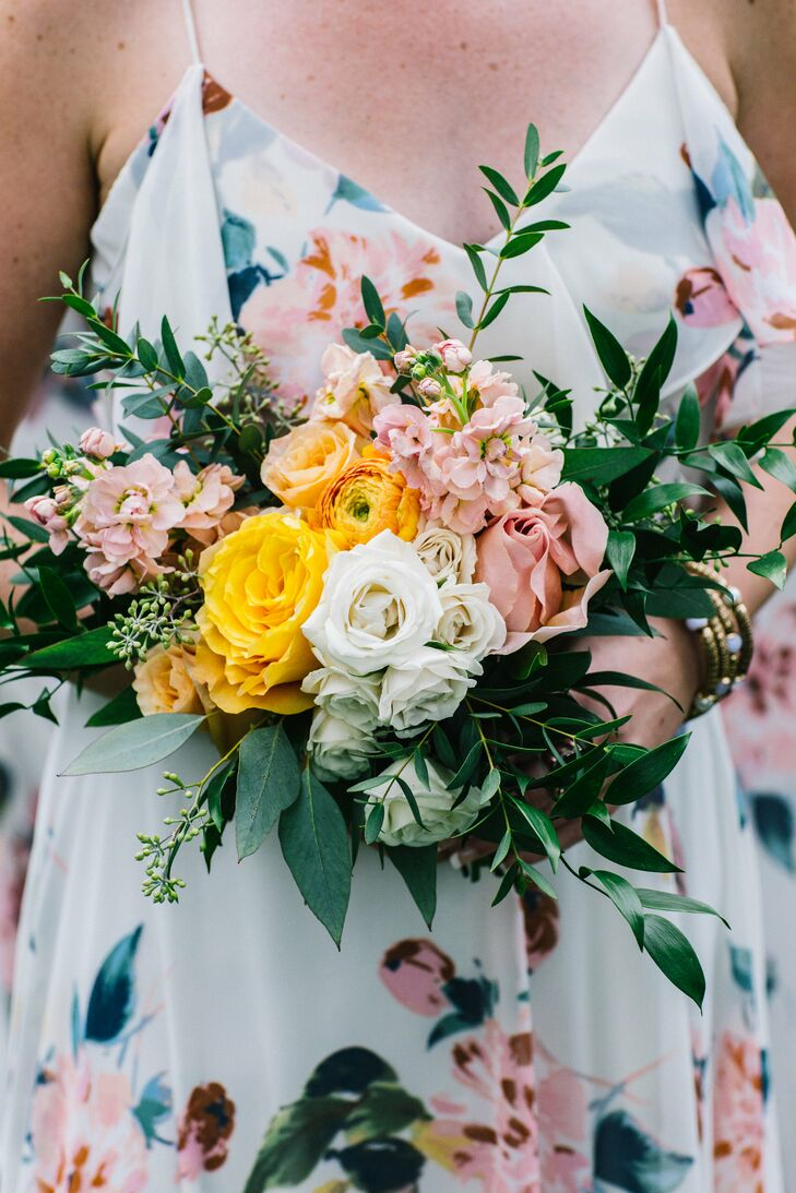 Romantic and Colorful Bridesmaid Bouquet
