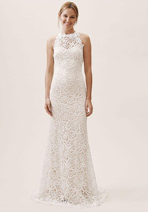 Wedding dresses in Vista