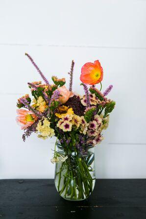 Natural, Fresh-Picked Flower Arrangement