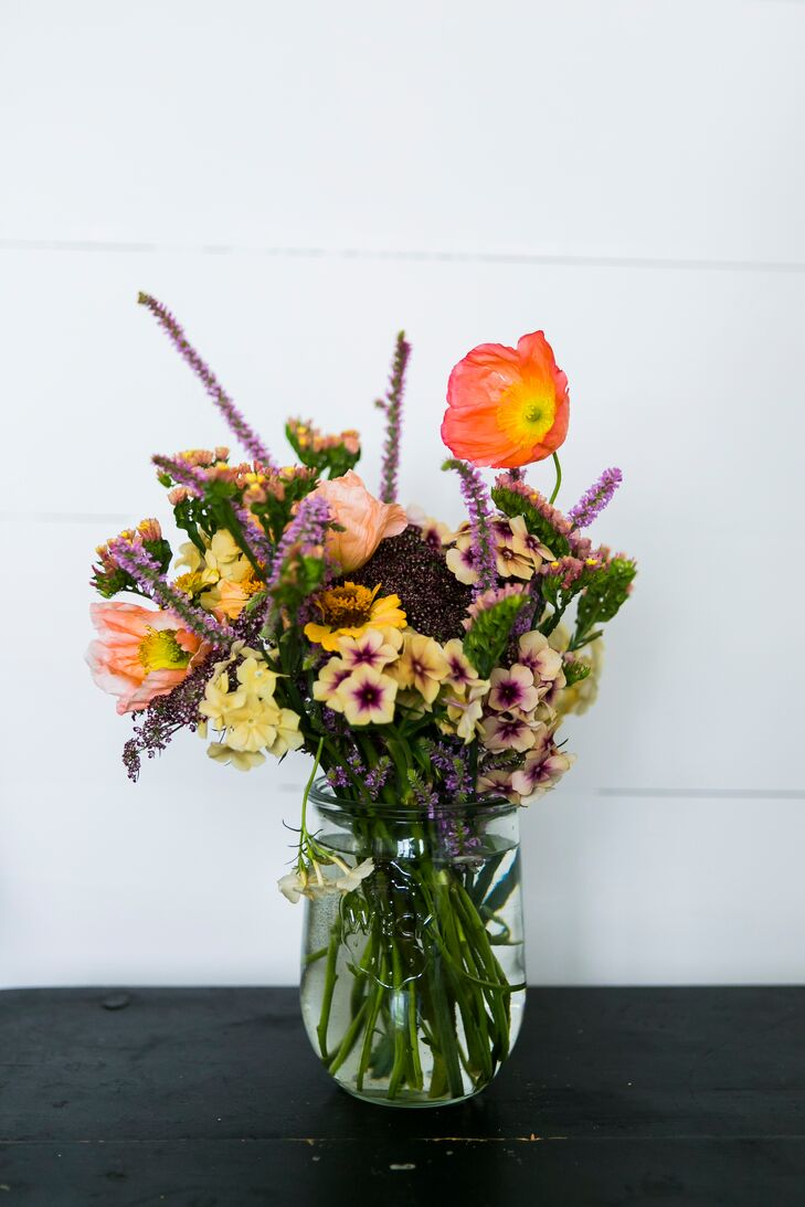 Natural, Fresh-Picked Flower Arrangement
