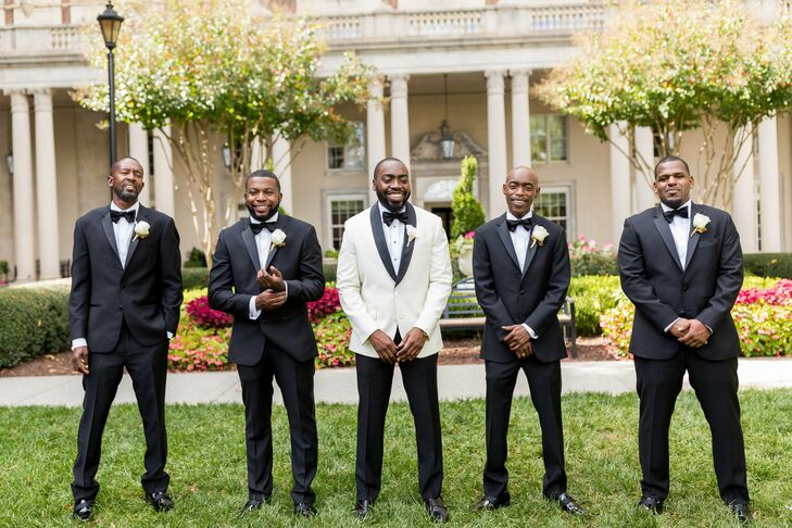 Formal Groomsmen in Tuxedos