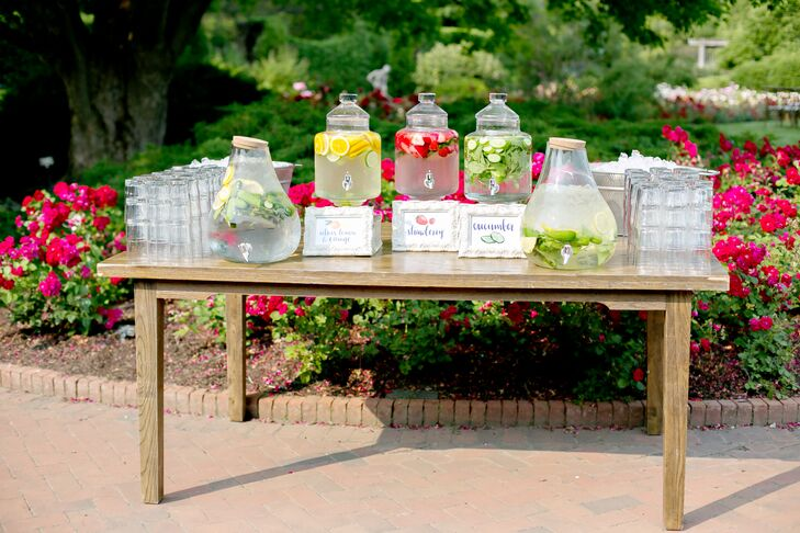 Before the ceremony, the couple served fruit-infused beverages to guests to keep them cool in the summer sun.