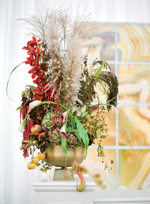 Fall-Themed Centerpiece with Artichoke and Fruit