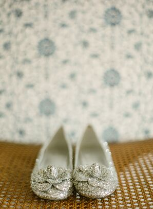 Glamorous Flat Shoes with Sparkling Glitter