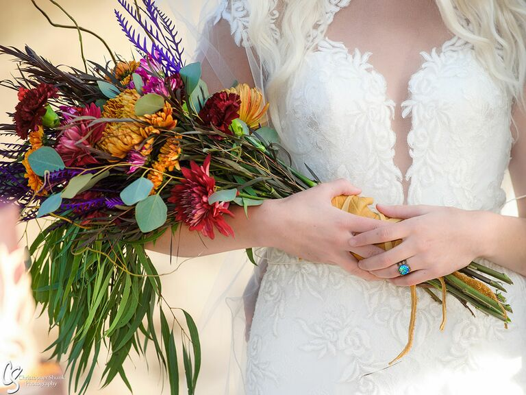 Game of Thrones–inspired bouquet and bride