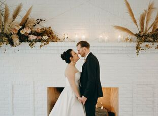 "Franny Quirsfeld and Justin Kaczmar embraced the fall season for their November wedding in Minnesota. ""I'm Scandanavian, and given the chilly November"