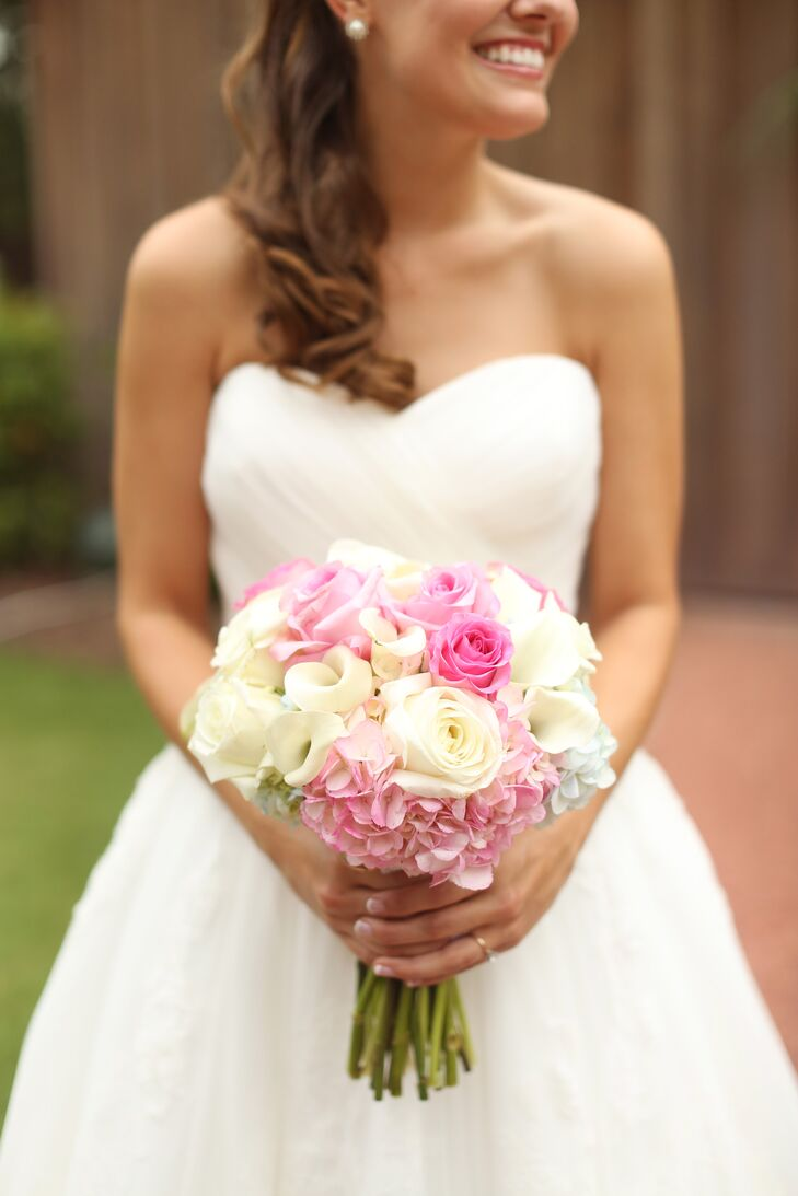 The style of the wedding was romantic with lots of pastels and soft colors.