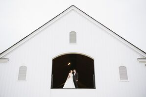 Castle Hill Cider Barn Wedding