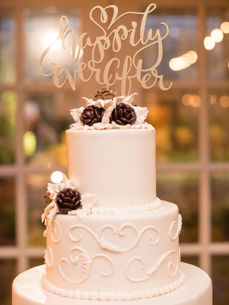Word Cake Toppers to Personalize Your Wedding Cake