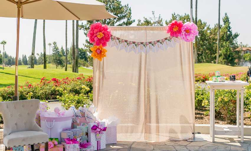 Kate Spade Baby Shower party themed inspiration and ideas