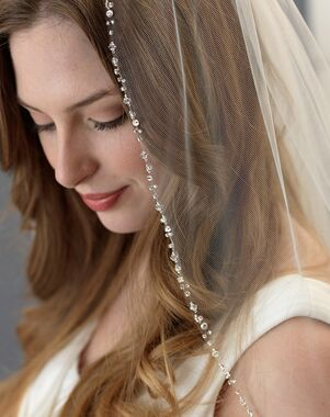 Dareth Colburn Delicate Swarovski Crystal Beaded Veil (VB-5061) Veil
