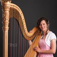 Oshkosh, WI Classical Harp | Serena Kamps