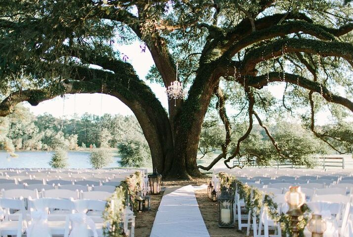 Pine lake ranch event venue montgomery tx for Honeymoon places in texas