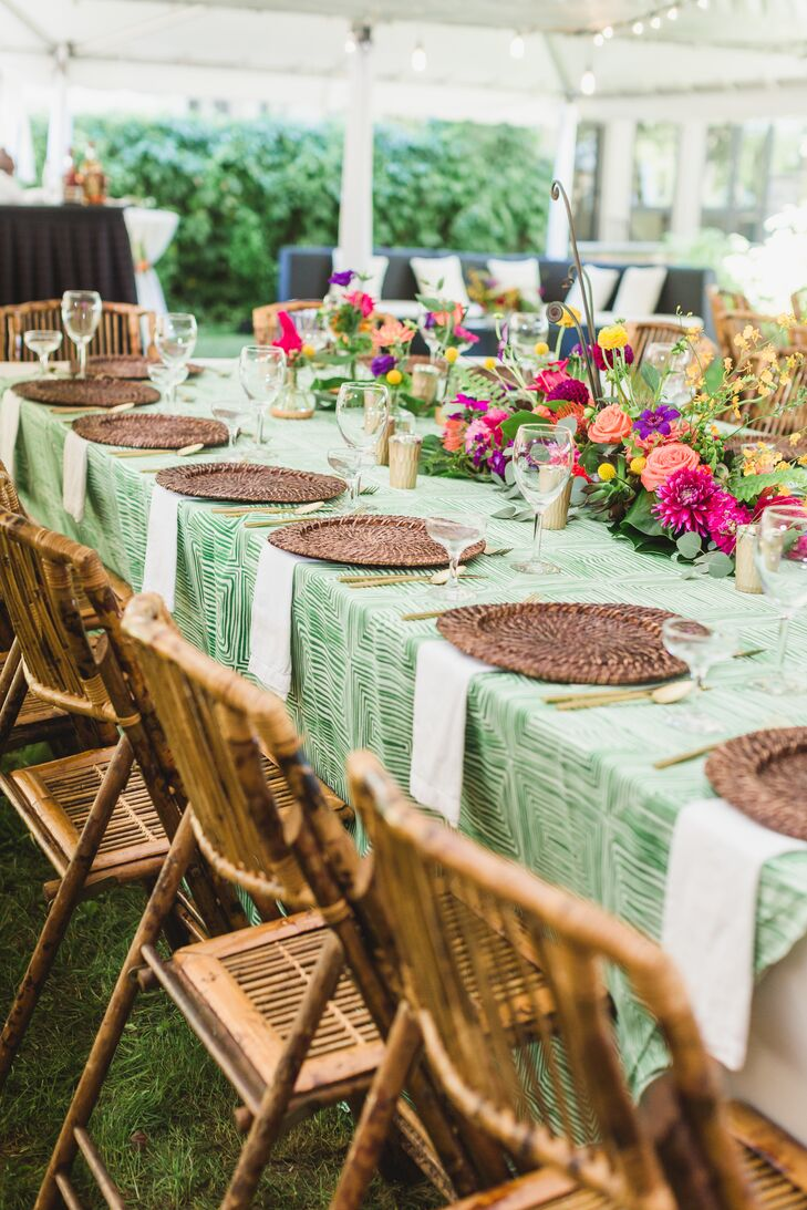 Cheerful Green Linens and Woven Chargers