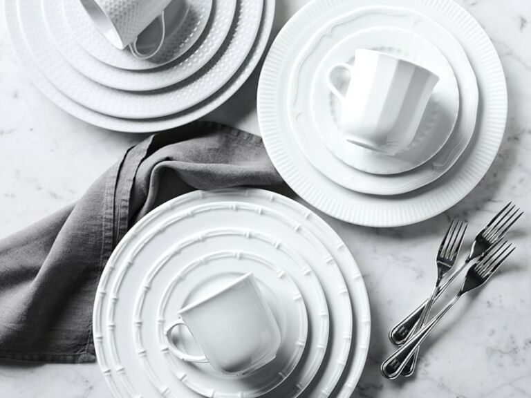 best dinnerware for your registry