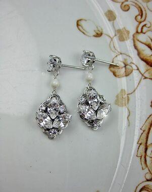 Everything Angelic Emma Earrings - e335 Wedding Earring photo