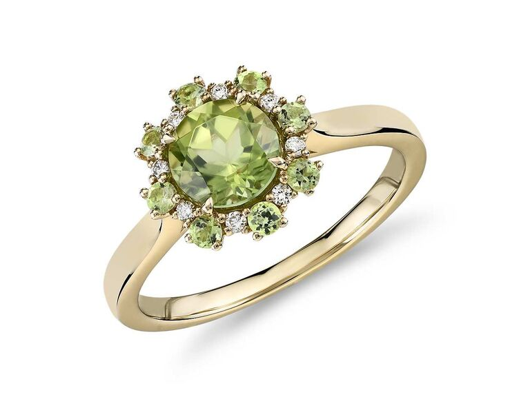 Blue Nile peridot engagement ring in 14K yellow gold