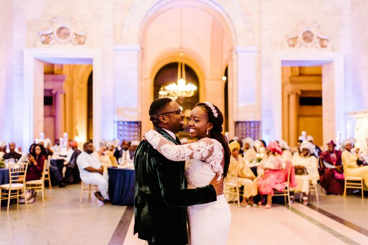 Elegant First Dance at the Detroit Institute of Arts