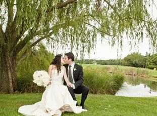 The Bride Erin Sagransky, 27, an attorney for the government The Groom Matthew (Matt) Jeweler, 28, an attorney at a law firm The Date September 24  Wi