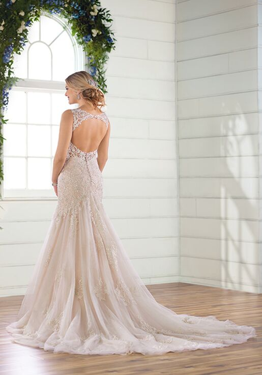 Essense of Australia D2844 Mermaid Wedding Dress