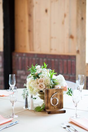 Neutral-Colored Hydrangea and Rose Centerpieces
