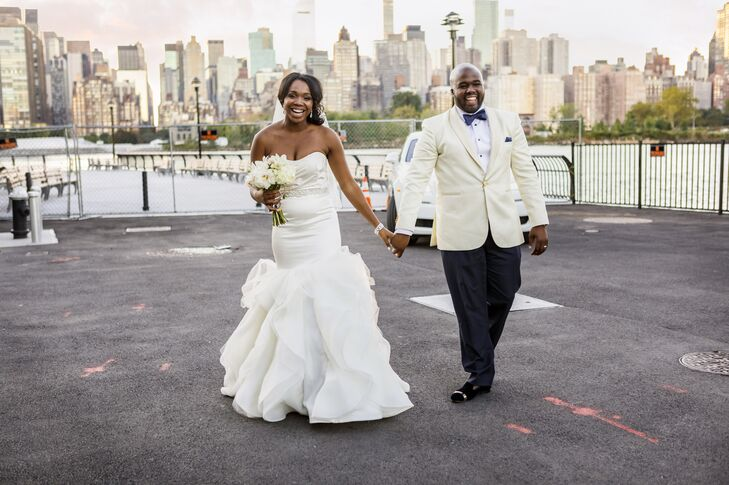 Tiffany Vastion (29 and a sales executive) and Donte Jones (30 and a banker) fashioned their wedding as a love letter to New York, the place they met.