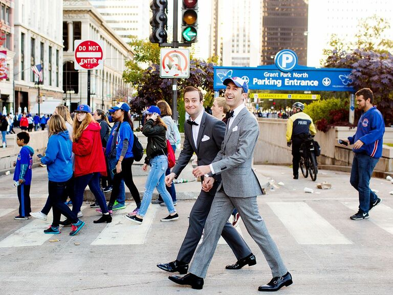 grrom and groom crossing street in Chicago
