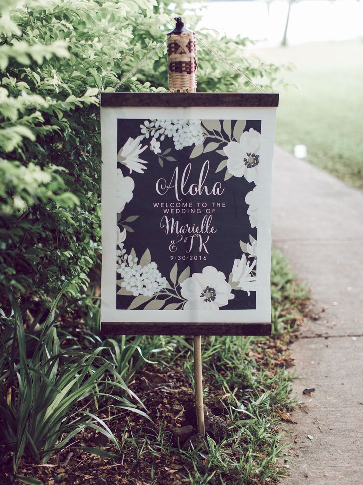 Printed Floral Tiki Torch Welcome Sign