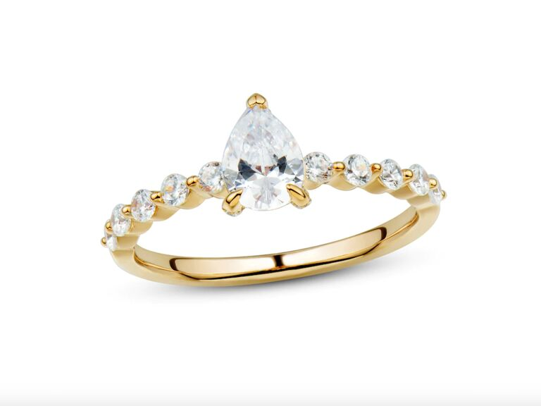 Kay Jewelers diamond gold engagement ring in 14K yellow gold