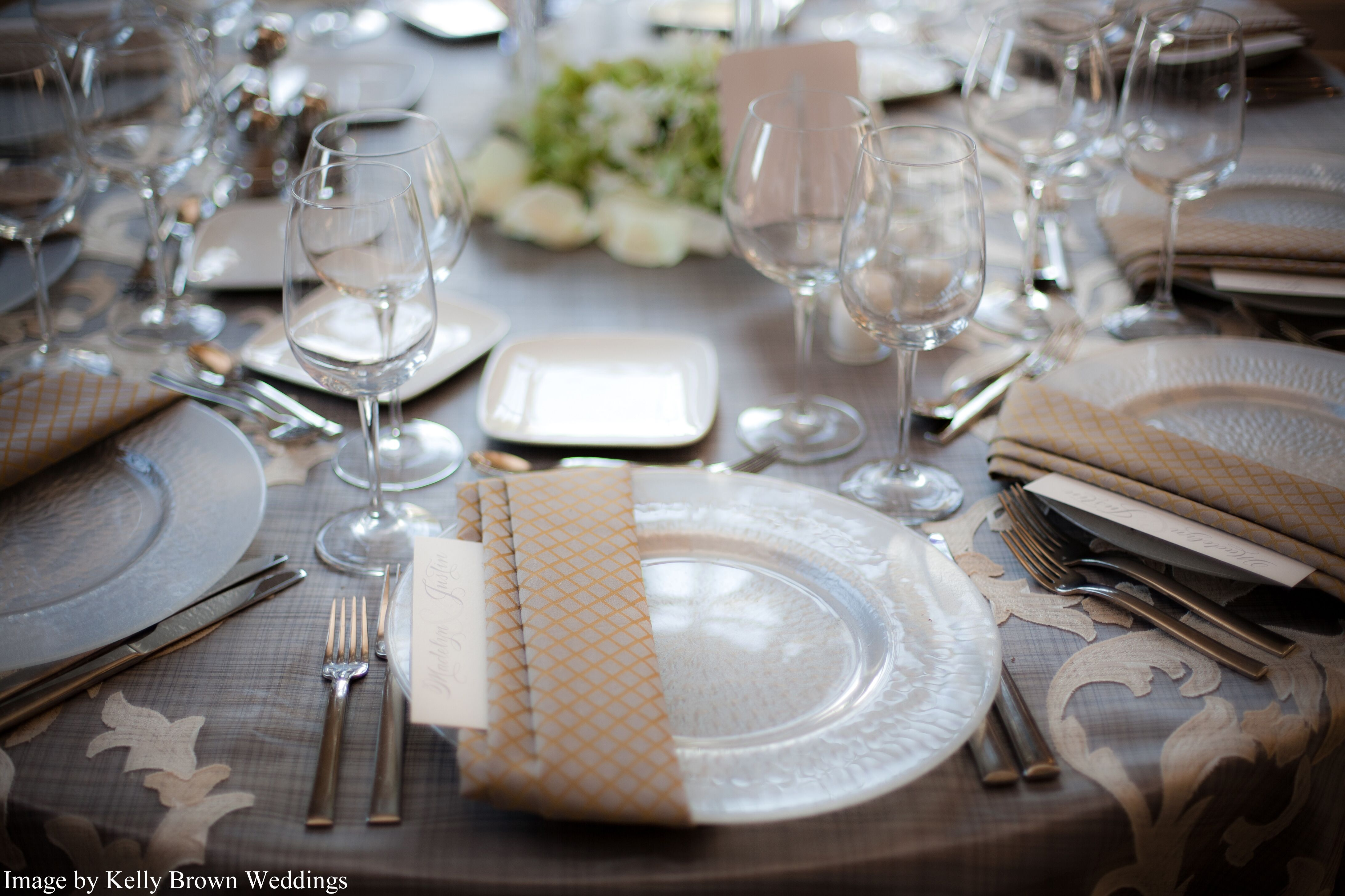 Wedding rentals in minneapolis mn the knot linen effects junglespirit Image collections
