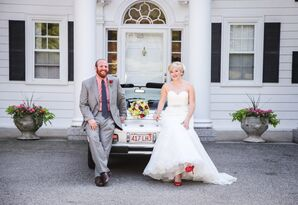 Retro Bride and Groom at Hellenic Community Center