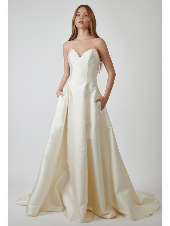 Lihi Hod Couture strapless satin ball gown