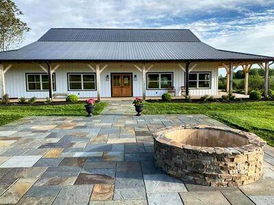 Renback Barn, LLC