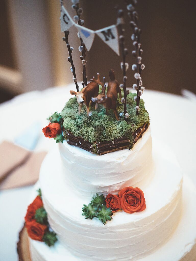 17 ideas for a unique wedding cake topper unique faux forest setting wedding cake topper idea junglespirit