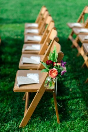 Simple Garden Rose and Fern Aisle Decor
