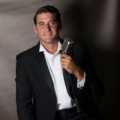 Brad Ackland - Crooner