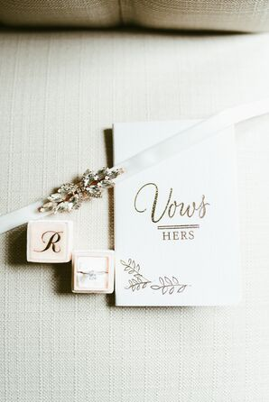 Country-Chic Wedding Vow Booklet