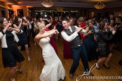 JD Entertainment Photography, DJ, Video & Photo Booth