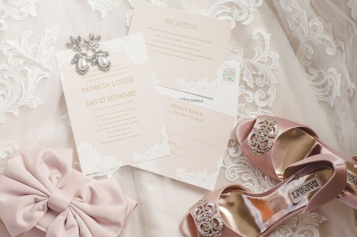 Tricia's invitations and accessories kept to a soft, romantic palette of champagne and blush pink.