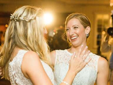 Watch the Singing Maid of Honor Speech to End All Speeches