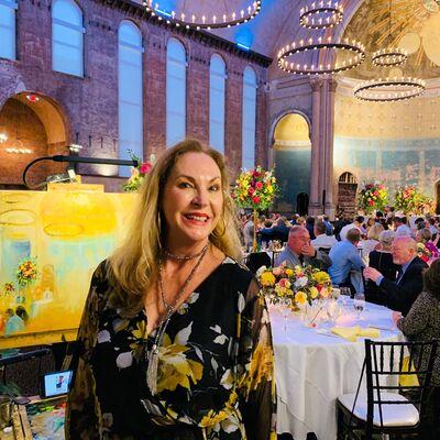 Gina Strumpf Live Event Wedding Artist