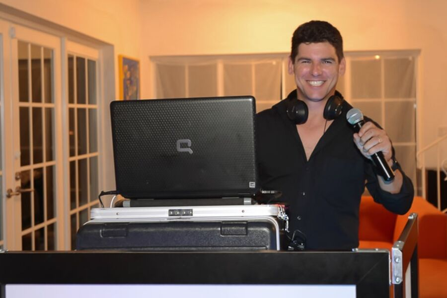 Variety Entertainment - Event DJ - Fort Lauderdale, FL