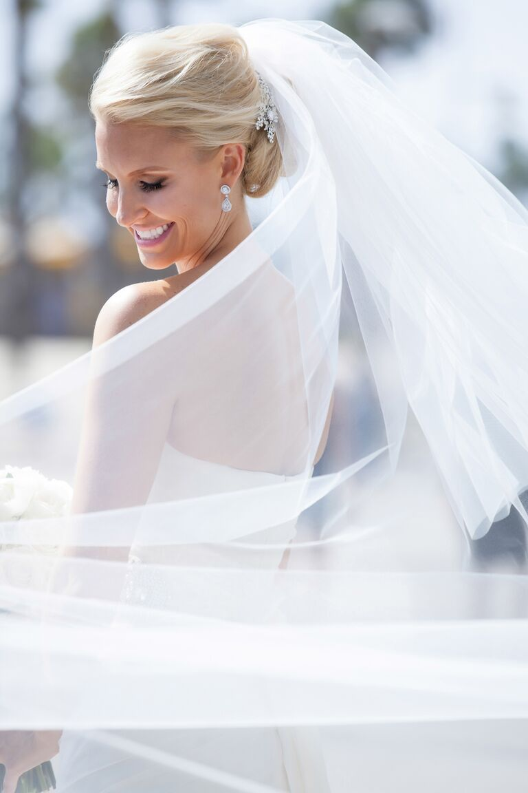 White double tier tulle veil
